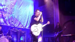 "Collective Soul - ""Highway to Hell snippet"" Live - Dosage Tour - Seattle, WA - 06-18-2012"