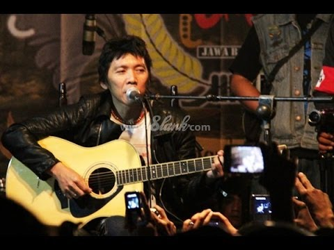 Bimbim Slank - Indonesiakan Una (Live Performance)