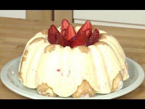 recette-de-charlotte-estivale-fraise-rhubarbe
