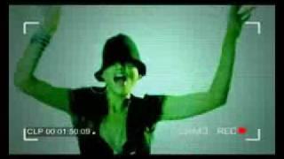 Смотреть клип Club Dogo - Dogo Gang Controlla L' Italia