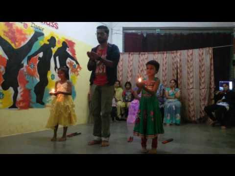 Bharathambe | 2 Girl | FUll DANCE VIDEO Superb