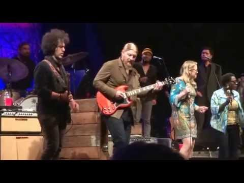 Bring It On Home To Me  Tedeschi Trucks Band  5182015