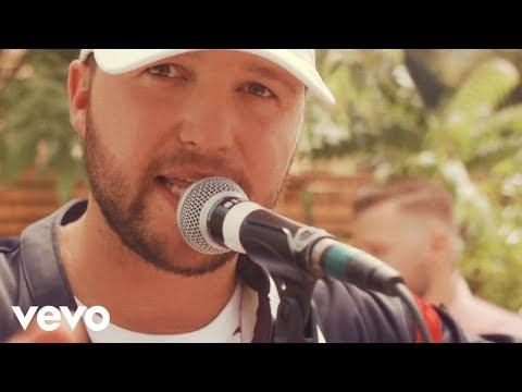 Quinn XCII - Straightjacket (Official Video)