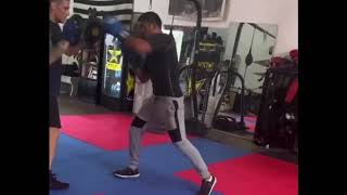 Victor Ortiz back at the boxing gym WORKING - Esnews boxing