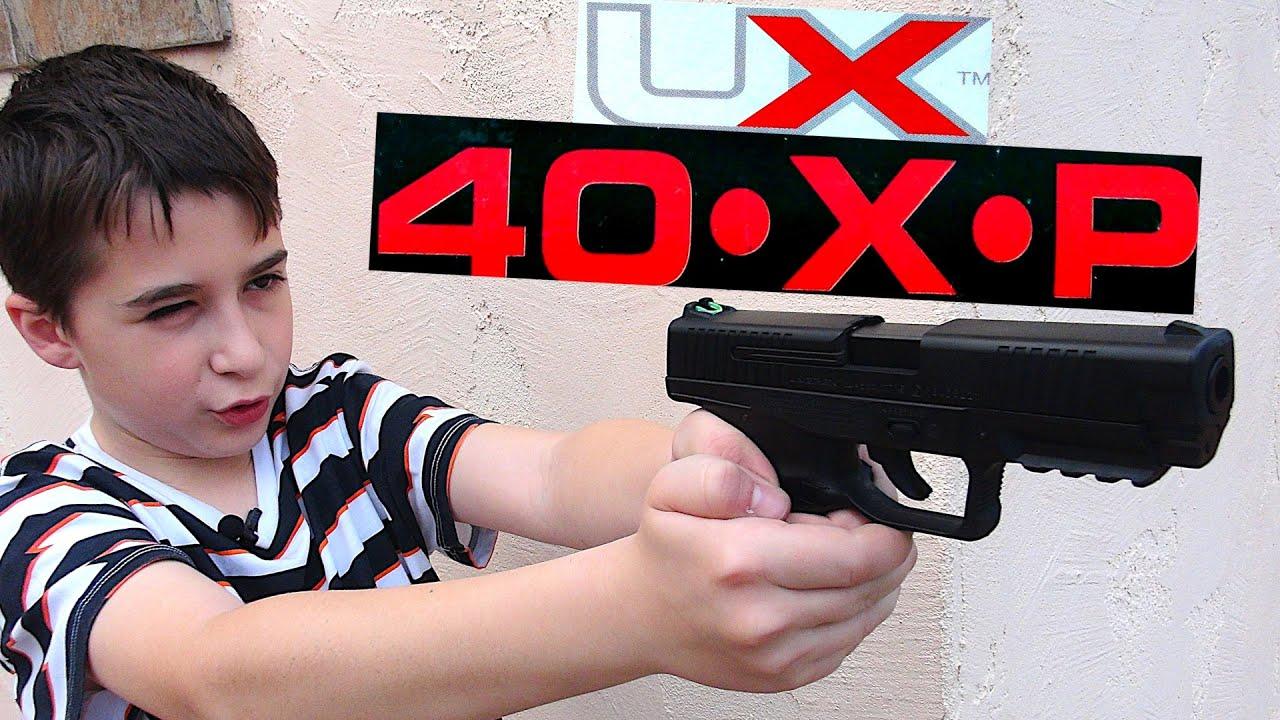 Umarex 40XP Blowback BB Pistol with Robert-Andre!