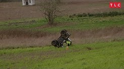 Jeremy Flips Over in His ATV | Little People Big World
