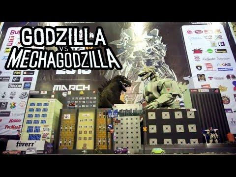 Zerocos feat. NineTales - Godzilla VS Mechagodzilla Cosplay Show @ Jakarta Toys & Comics Fair 2016