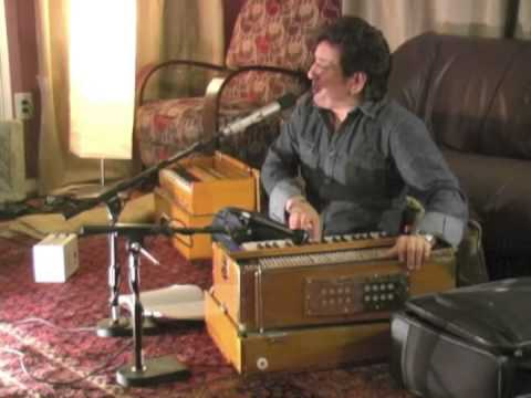Najim Nawabi ISHQE TU BAR MAN Ahmad Zahir song