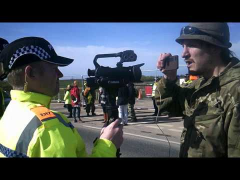 Lancashire police assault water protectors at Fracking site in Blackpool