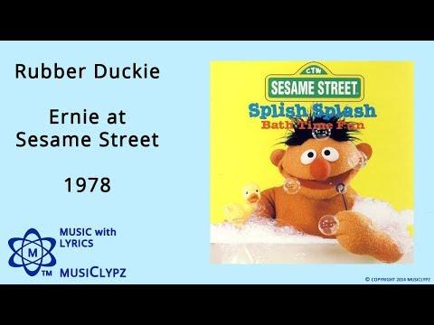 Rubber Duckie - Ernie at Sesame Street 1978 HQ Lyrics MusiClypz