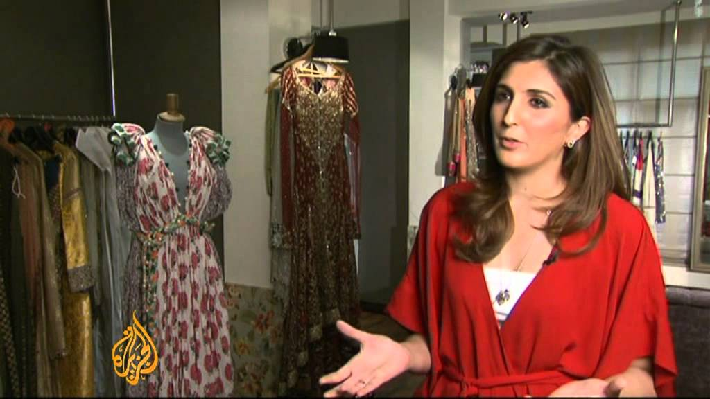 Pakistani Fashion Designers Positive On Trade Youtube
