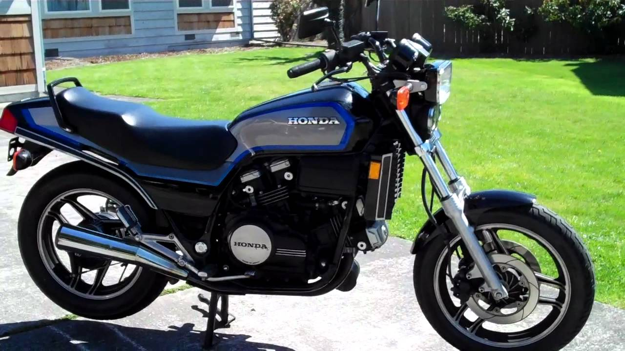 File 1984 Honda Sabre V65 with full Hondaline fairing  engine guard and backrest rack options moreover Honda Sabre V65 1100 1 additionally Honda VF 750 S C 1982 1985 L Avenement Du V4 in addition Motorcyclealarmwiringdiagramyjda wordpress moreover 4522147820. on 1985 honda magna 700