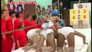 Японское шоу про душ
