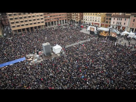 euronews (en español): 'Sardinas' contra Salvini: último asalto antes de las elecciones del domingo