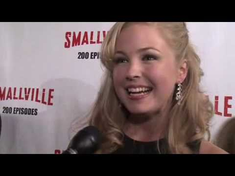 Keri Lynn Pratt  - Cat Grant - Smallville 200th Episode Party