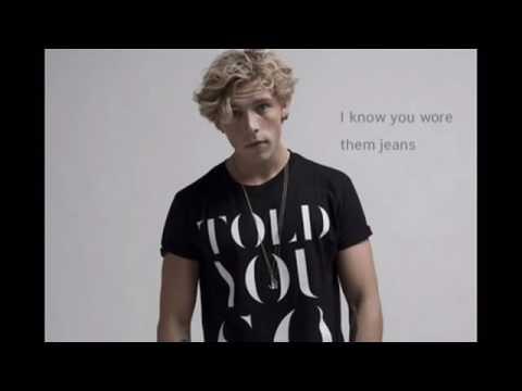 Twerk It Like Miley [Lyrics+Audio]