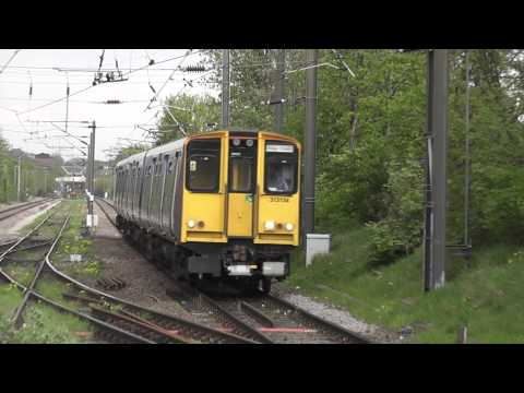 (HD) Ex London Overground, FCC Livery 313134 Arrives At Bowes Park