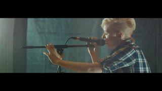 Vera Fisher - live looping