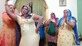 Dance on Haryanvi lok Geet:टोकणी पीतल की ऐ भिवानी त मोल मगाई....