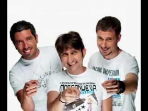 Trio Medusa - Canzoni travisate - Radio Deejay 17/12/2012