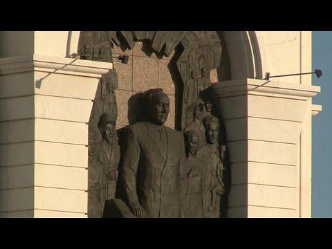 لماذا فرض اسم الزعيم الشيوعي الذي حكم كازاخستان ثلاثة عقود على العاصمة؟ …