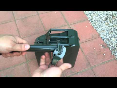How To Use An Army Gas Can - Demonstration - Tutorial
