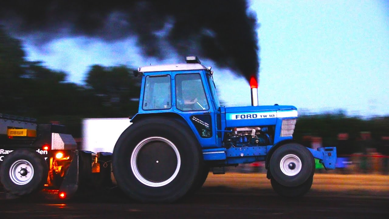 Ford Pulling Tractors : Ford tw tractor pulling rærup youtube