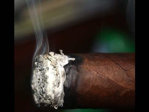 How To Smoke a Cigar Pt. 32:  TASTING THE WRAPPER!