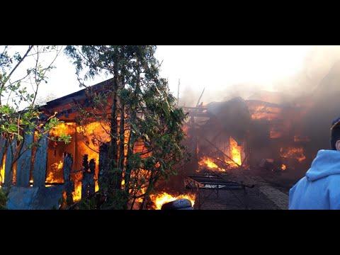Incendiu violent la o gospodărie din Frătăuții Vechi