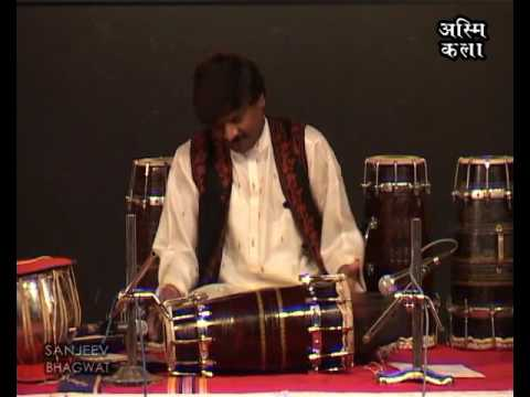 DHOLKI  SOLO ~ KRISHNA  MUSALE -GHOTKAR  (Winner of Sangeet Natak Academy Award) ~ by ASMI KALAA