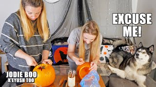 My Husky Helps Carve My Pumpkin! Sister Collab!