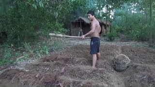 Primitive Life-Make a Garden with a Rake-Primitive Technology used! thumbnail