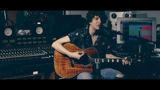 The Kooks - She Moves Her Own Way (Live at the D'Angelico Guitars Showroom)