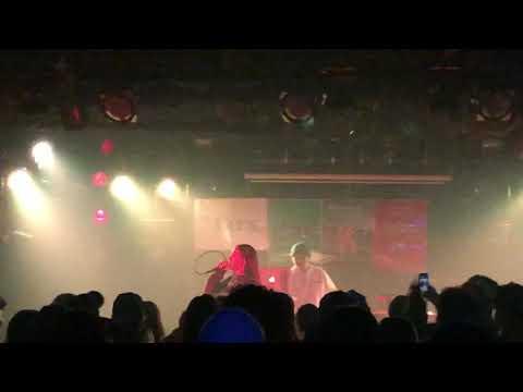 【Live】 Awich - 紙飛行機