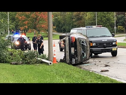 Stolen Car Leads To Police Chase, Rollover Crash streaming vf