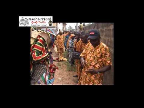Egungun Adjeran in Benin