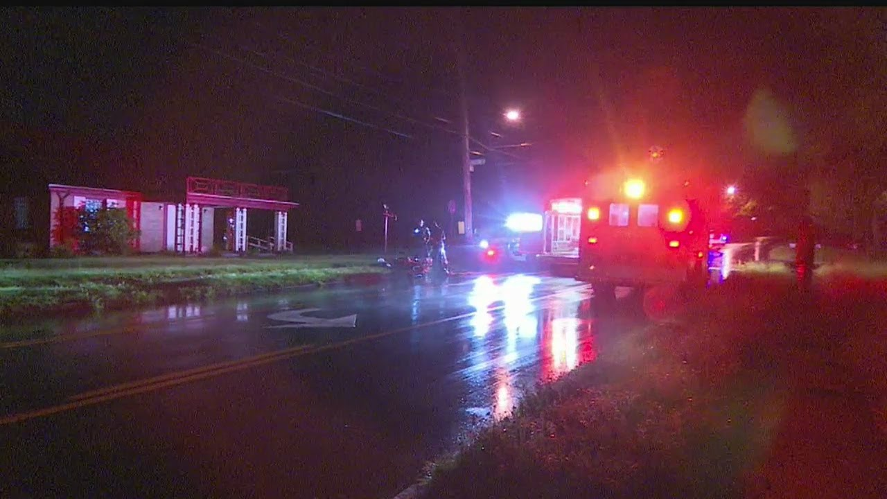 Download Man hurt in hit and run accident in Youngstown
