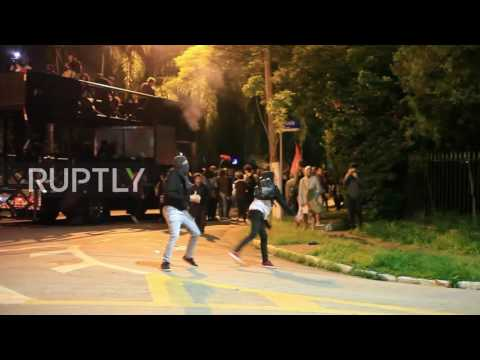 Brazil: Fiery clashes at anti-Temer protest in Sao Paulo