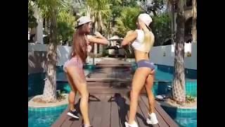 Красивые девочки качают бразильские попки! Sexy girls train ass)))