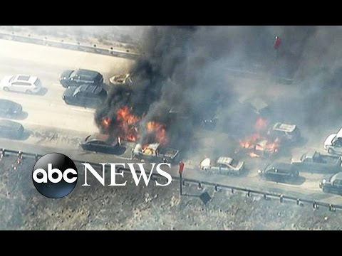 Wildfire Jumps Highway in California and Vehicles Catch Fire |  World News Tonight | ABC News