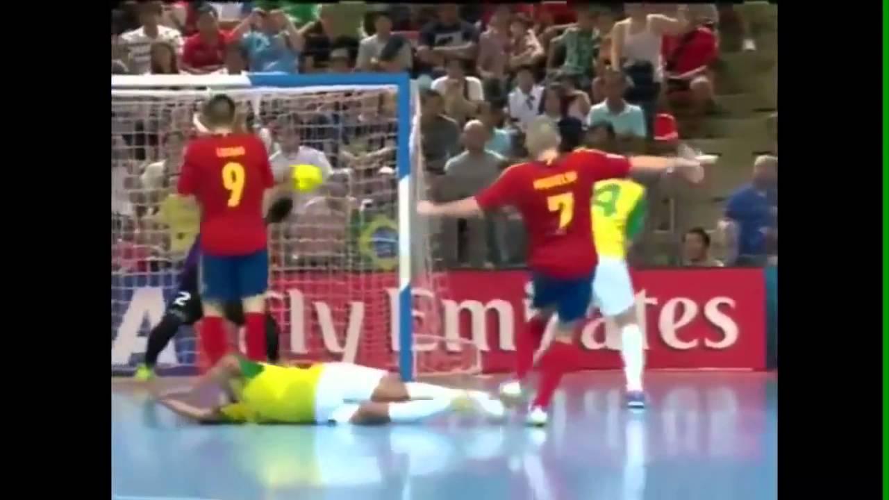 Brasil 3 x 2 Espanha - Final do Mundial de Futsal 2012  Terceiro Tempo  -  YouTube 95fb493f4eba8