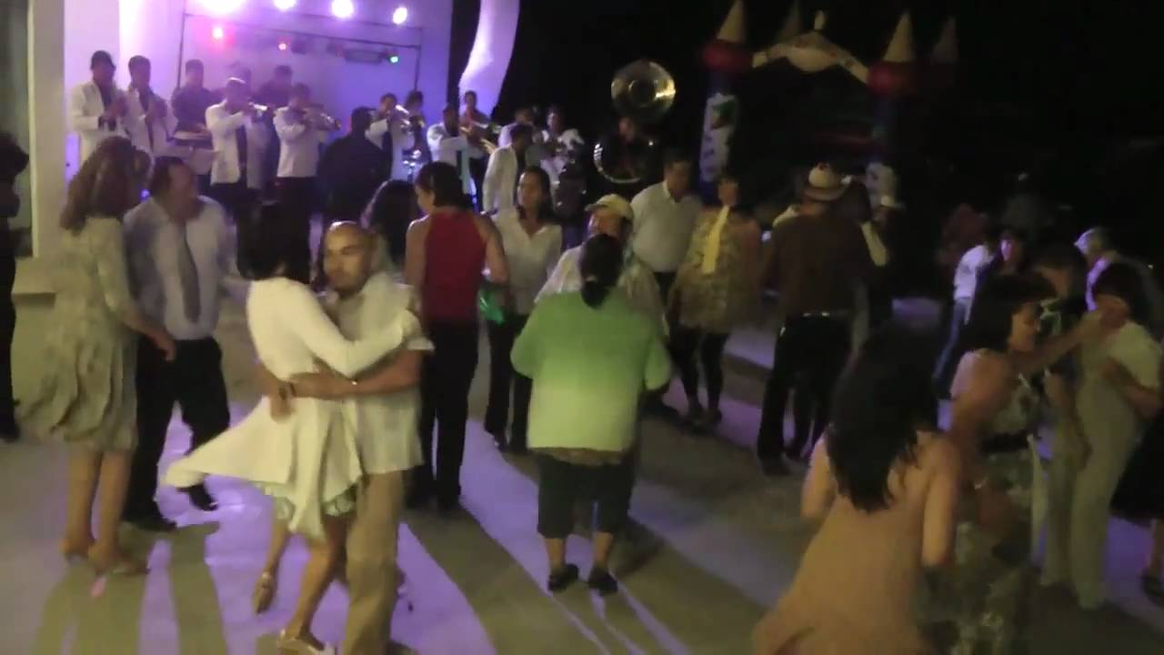 Wedding Dancing Mexican Style Reception Party In Colima