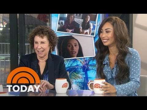 'Cheers' Star Rhea Perlman Stars With Eva Gutowski In YouTube Red's 'Me And My Grandma'  TODAY