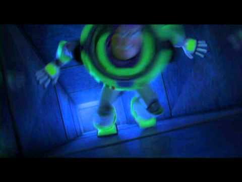 Toy Story: Extra Small - Adelanto corto Disney Pixar