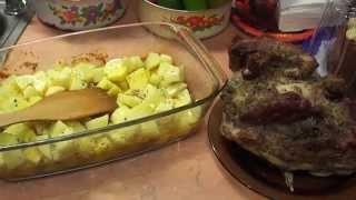 Салат из печени и картошка с мясом в духовке на скорую руку ))
