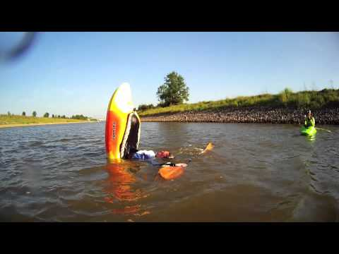 Flatwater Freestyle Kayak Session: Weser