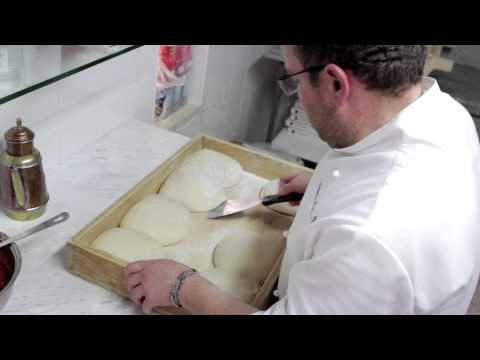 Pizza Dough: Video Recipe of Pizza Margherita