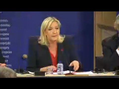 """Marine Le Pen annonce avec """"joie"""" la création d'un groupe au Parlement européen"""