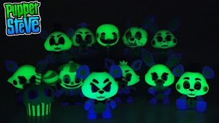 Five Nights at Freddy's Fnaf Glow in the Dark Mystery Minis FUNKO Vinyl Figures Case Unboxing Review