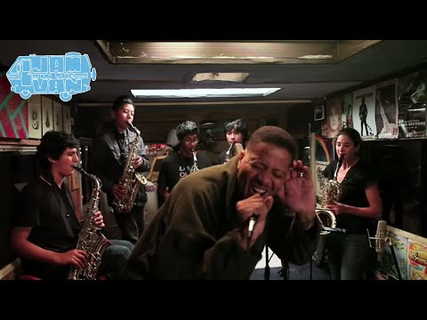 "Harmony Project - CHALI 2NA - ""Comin Thru"" (Live from Hollywood, CA) #JAMINTHEVAN"